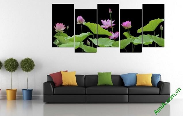 Ý nghĩa hoa Sen trong tranh treo tường hiện đại