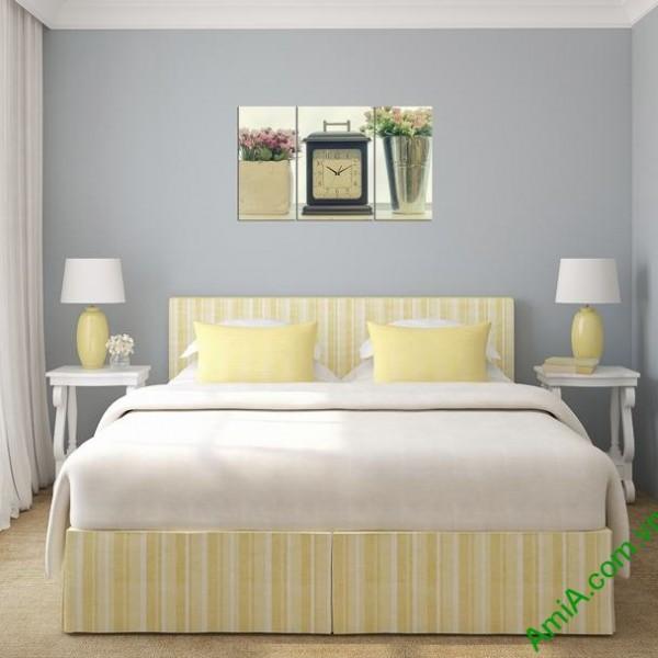 Tranh treo tường phòng ngủ hiện đại đồng hồ Amia 283-02