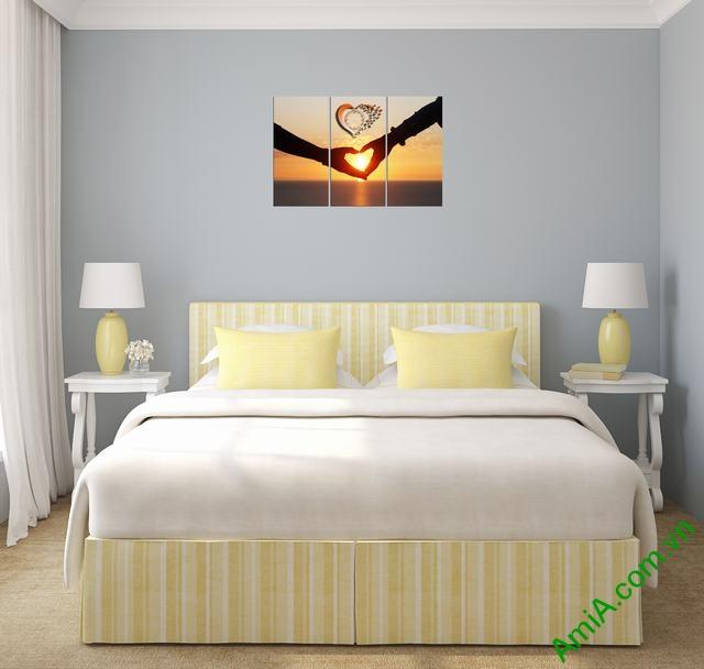 Tranh treo tường phòng ngủ Amia 329-02