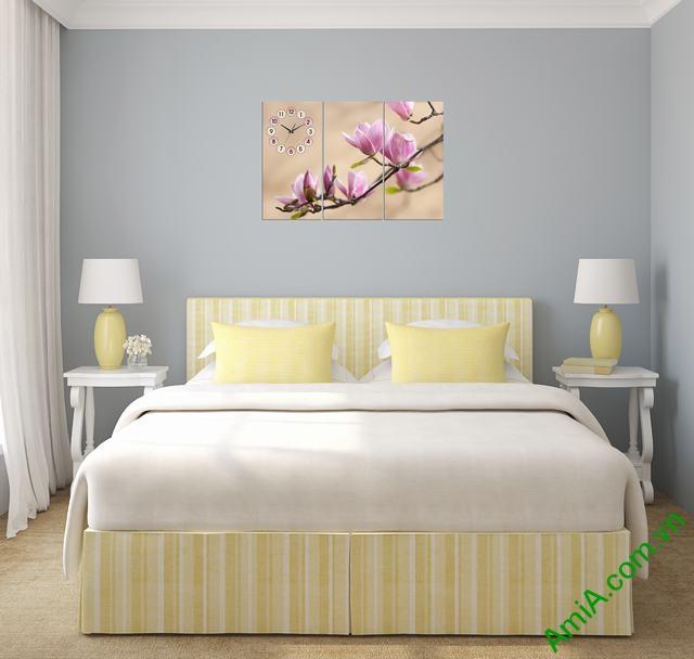 Tranh treo tường phòng ngủ nhành hoa mộc lan amia 304-02