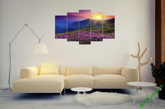 Tranh phong cảnh treo tường phòng khách đồi hoa nắng-02