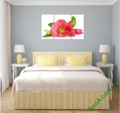 Tranh treo tường phòng ngủ hiện đại hoa trà Amia 388-01