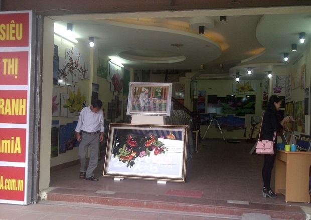 Cửa hàng bán tranh treo tường Amia Hà Nội