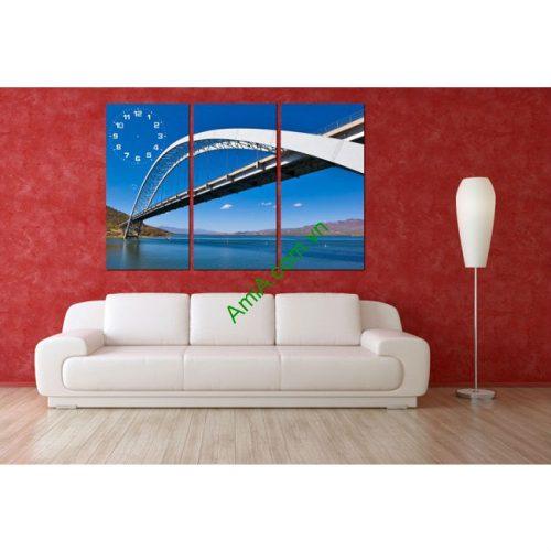 Tranh đồng hồ treo tường phòng khách Chiếc Cầu Amia 163-00