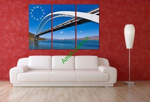Tranh đồng hồ treo tường phòng khách Chiếc Cầu Amia 163-01