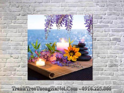 Tranh nến hoa treo spa lãng mạn