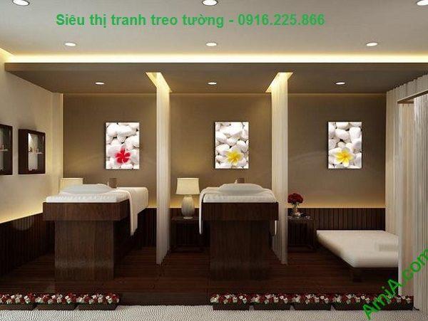 Hình ảnh Tranh treo tường hoa sứ trang trí spa đẹp treo trong phòng spa