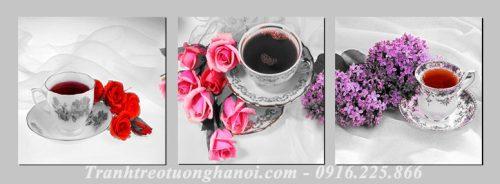 Hinh anh tranh hoa tra trang tri phong an nha hang AmiA