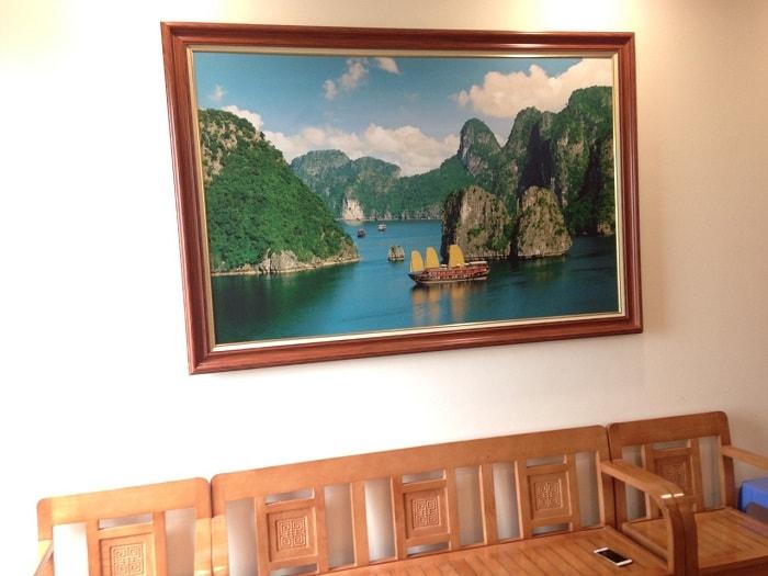 Tranh phong canh vinh ha long treo tuong van phong du lich