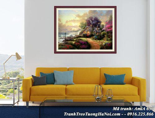Hình ảnh tranh treo sau ghế sofa phòng khách ngôi nhà Châu Âu giả sơn dầu AmiA 650