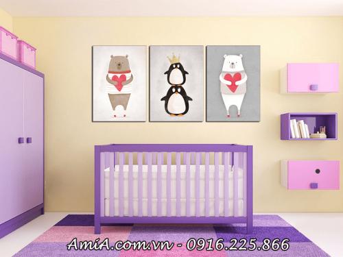 Tranh gâu POOH ghép nội thất phòng của bé AmiA 1413