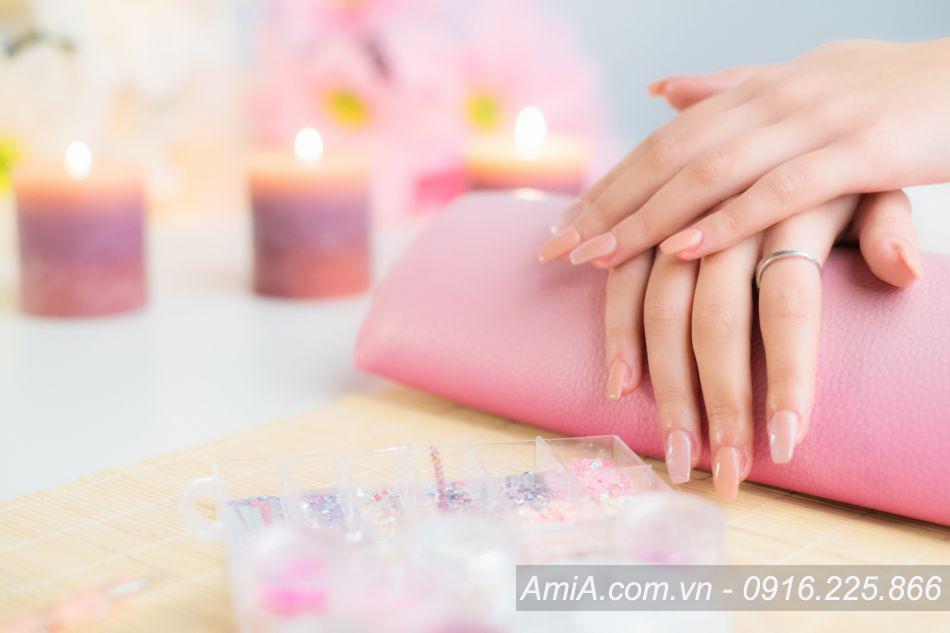 Hinh anh tranh spa dep lam mong lam nail moi nhat AmiA ist-871006552