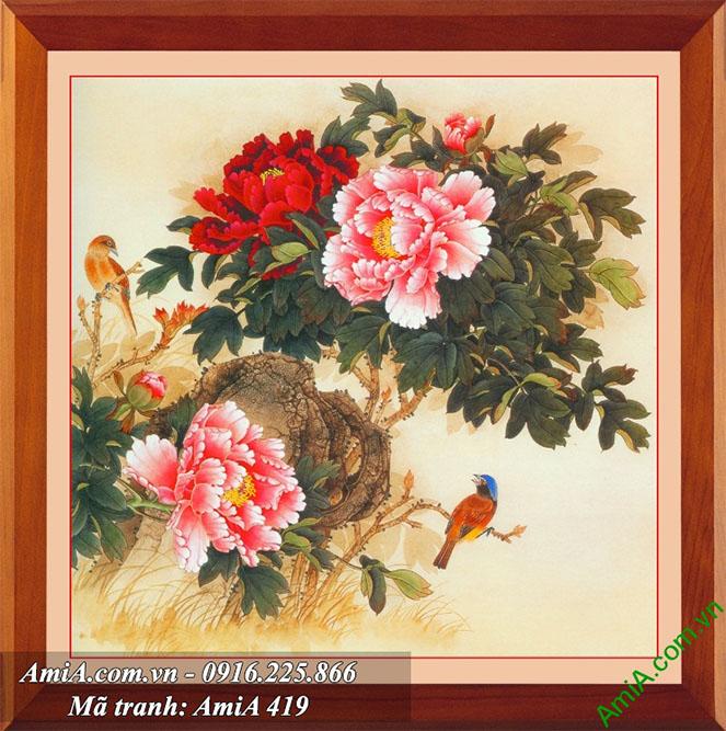 Treo buc tranh hoa mau don trong phong ngu vo chong som sinh quy tu AmiA 419
