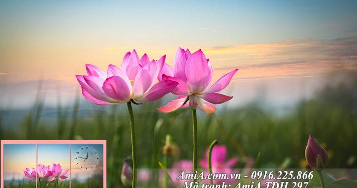 Tranh hoa Sen treo o phong khach phong ngu hien dai thu thai nhe nhang