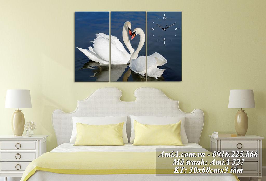 Nen treo tranh doi chim trong phong ngu thay vi anh nguoi than vo chong