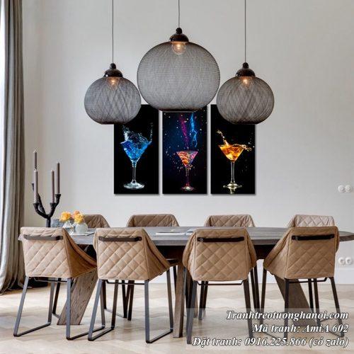 Tranh rượu vang treo tường AmiA 603 mang phong cách đen huyền bí
