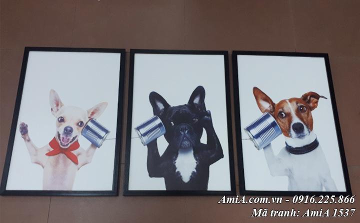 Tranh chú chó nghe điện thoại trang trí phòng trẻ em đáng yêu AmiA 1537