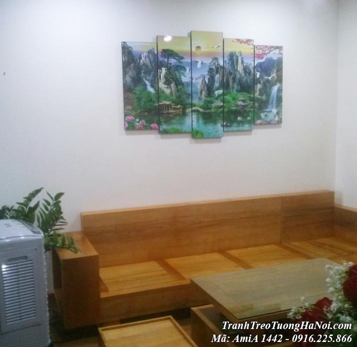 Tranh amiA 1442 phong cảnh sơn thủy AmiA 1442 treo trên ghế sofa gỗ phòng khách