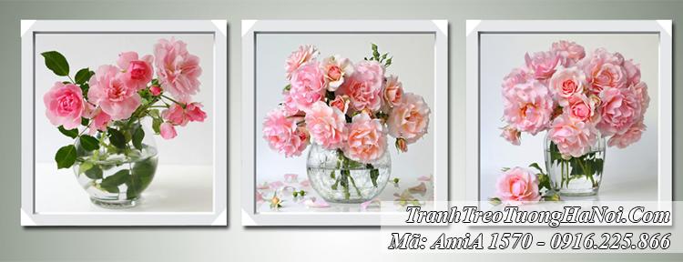 Tranh AmiA 1570 bình hoa hồng thủy tinh 3 tấm
