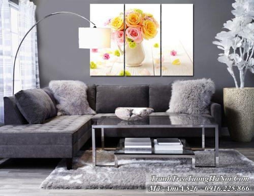 Tranh treo ở phòng khách bình hoa hồng Amia 526
