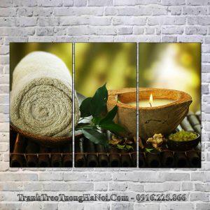 Tranh nến và khăn spa treo tường spa