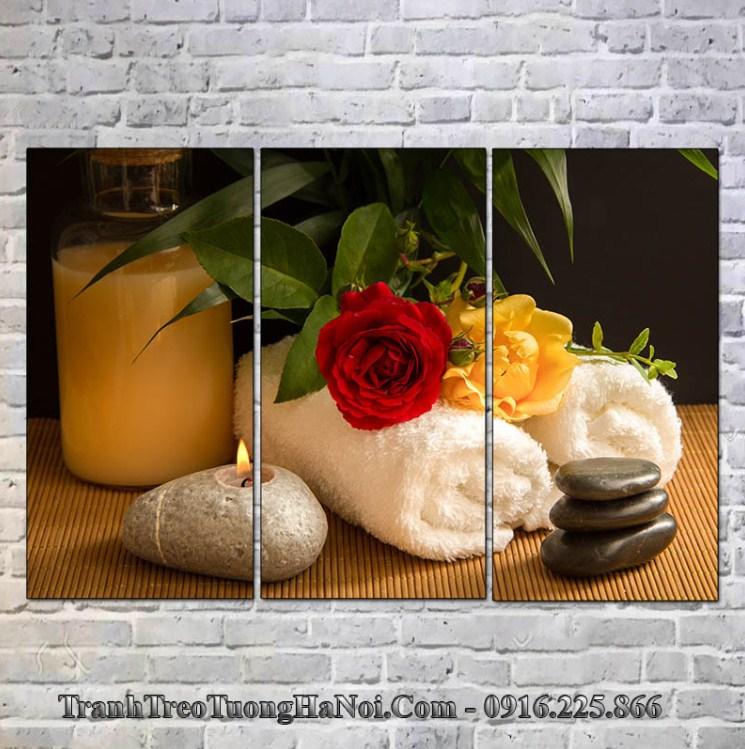 Tranh hoa hồng nến và đá treo spa