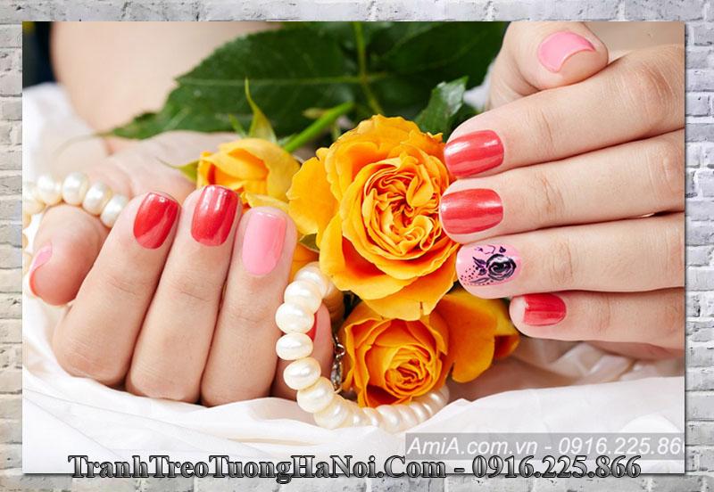 Tranh bộ móng tay treo tường đẹp nail spa