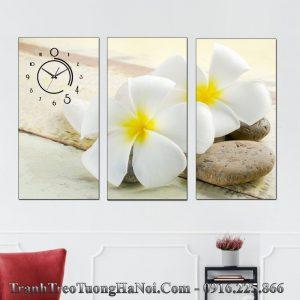 Tranh treo phong khach spa amia hoa su va da amia 1003