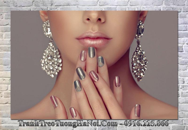 Tranh treo tường nail spa sang trọng