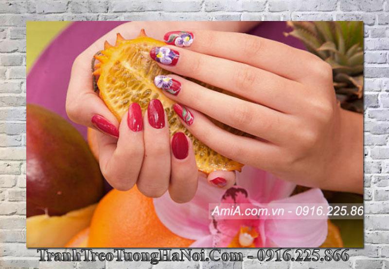 Tranh mẫu móng tay đẹp treo spa nail