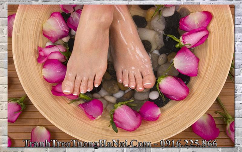 Tranh đôi chân đẹp trang trí tiệm nail