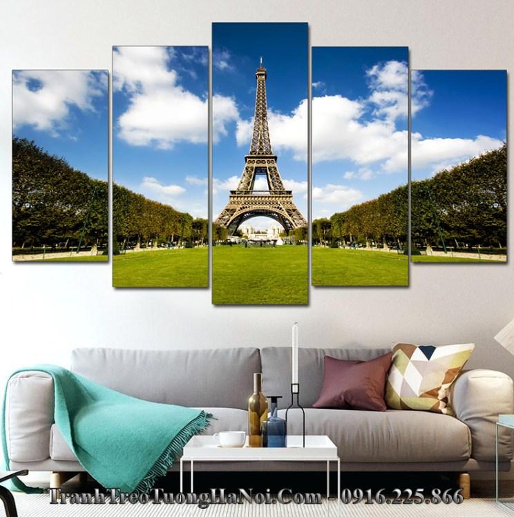 Tranh tháp Eiffel hợp mệnh thủy 1974, 1975