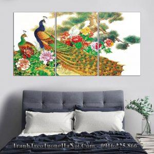 Tranh 3 tam chim cong hoa mau don treo phong ngu amia 882