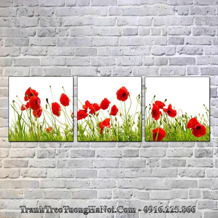 Tranh hoa đỏ treo tường phòng khách phòng ngủ cho gia chủ mệnh Thổ 1998, 1999