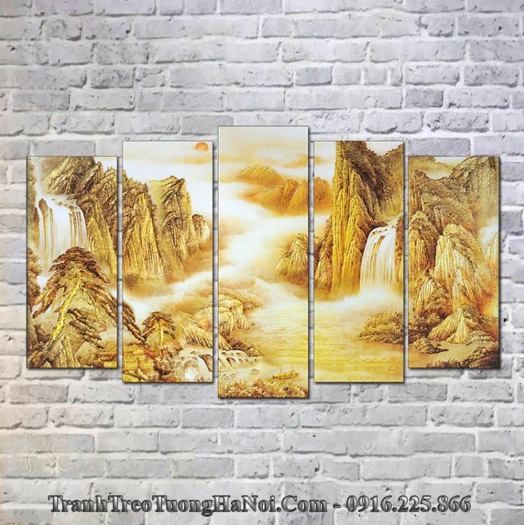Tranh núi vàng thuộc Thổ hợp mệnh Thổ 1998, 1999