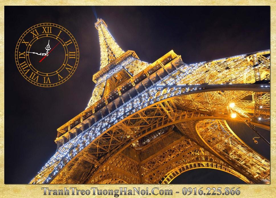 Tranh thap vang Eiffel duoi anh dien hop menh kim amia 1011