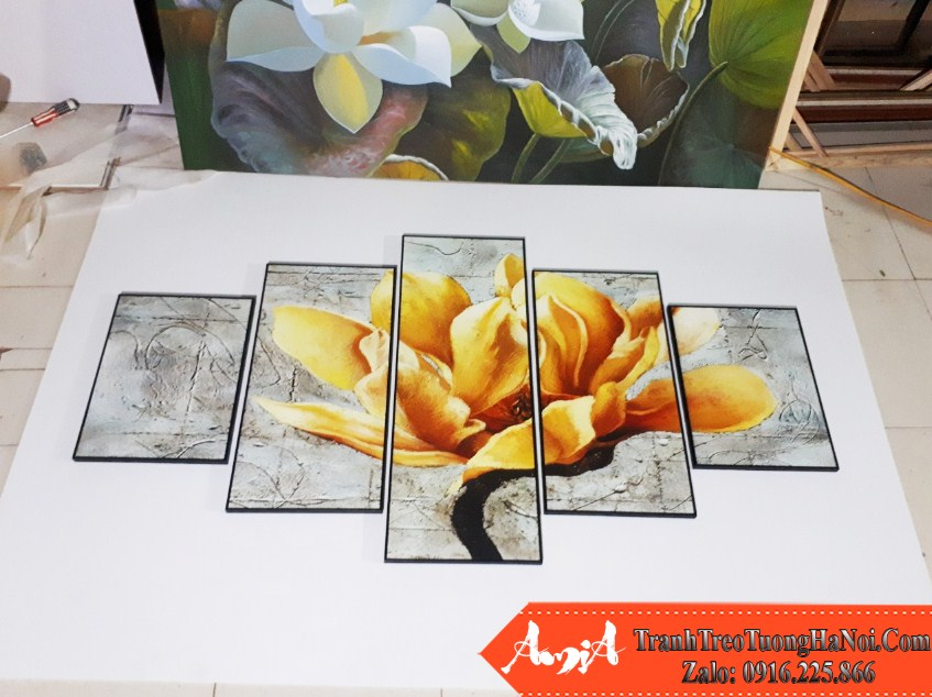 Tranh hoa moc lan amia 1516 chup tai xuong