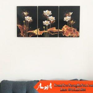 Tranh canvas treo tuong hoa sen vang amia 1622
