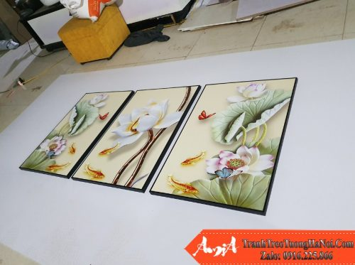 Tranh treo phong khach hoa sen 3d amia 1726 rat duoc yeu thich